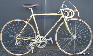 olmo-gentleman-1970s-gold-008