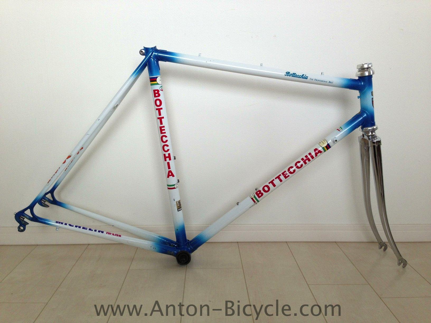 bottecchia_frame_blue